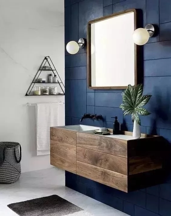 实木浴室柜这么贵,你不懂保养怎么行?